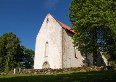 Saarema_Karja_kirik
